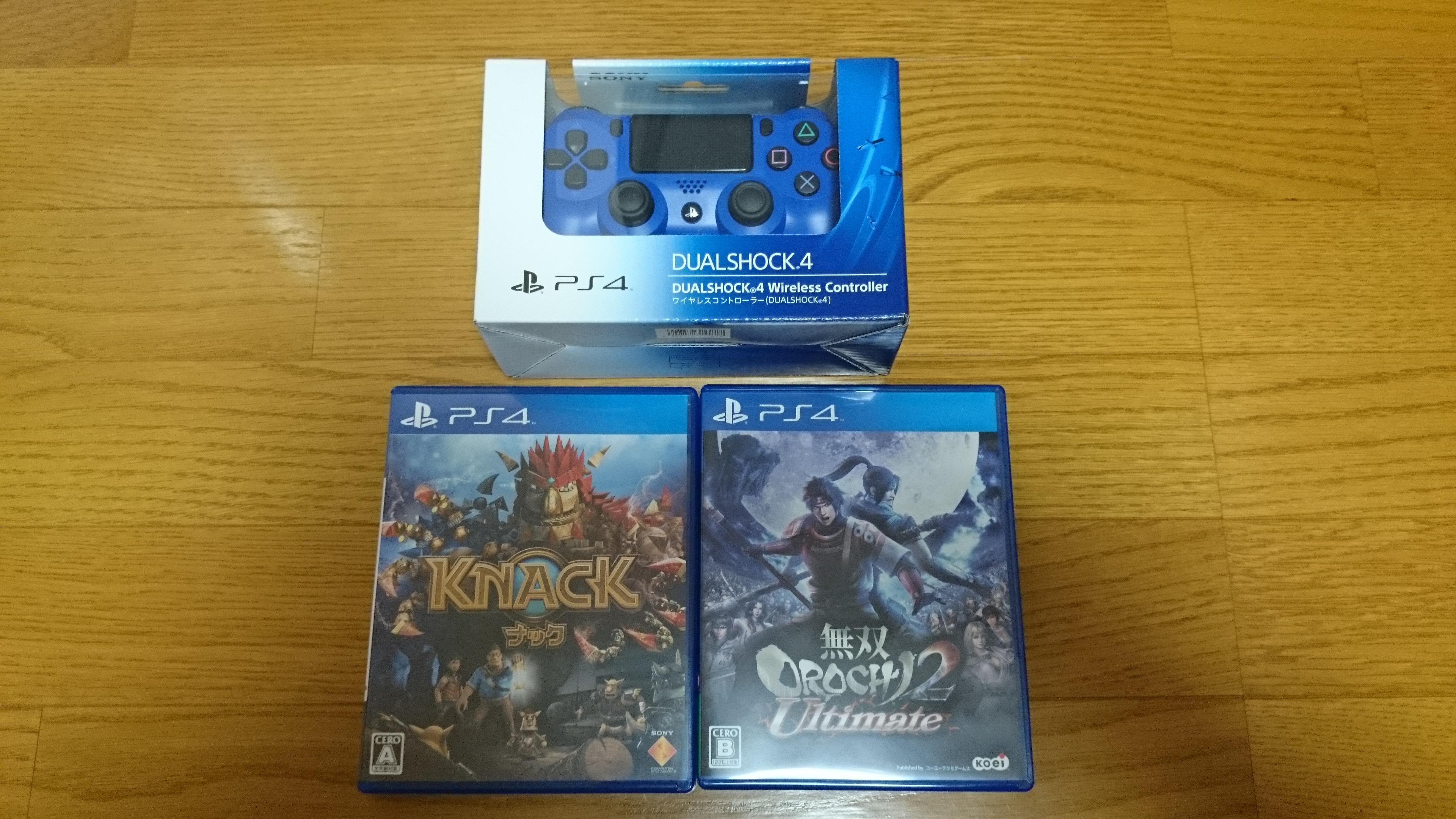 PS4 初期購入品(追加コントローラとソフト)
